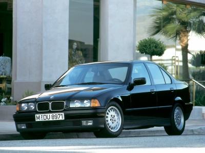BMW 320i-E-36